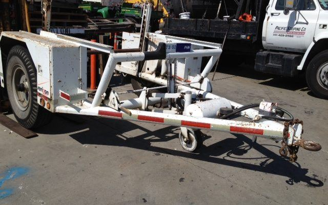 Used 1984 Hogg & Davis Cable Reel Trailer