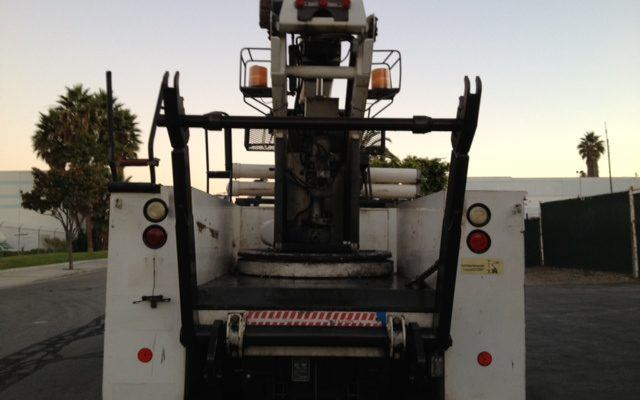 Used 40′ Basket Truck with Hydraulic Cable Reel Attachment