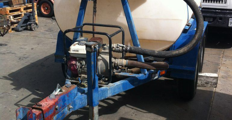 Used 500 Gallon Water Trailer, Tandem Axle with Brakes