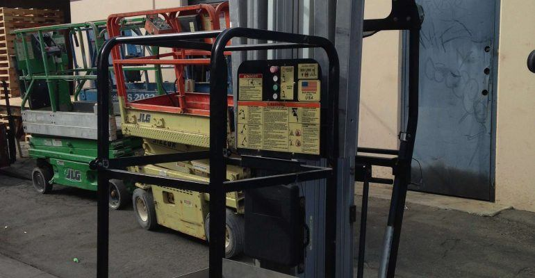 Used JLG 36AM Electric Man Lift - Kennelly Equipment