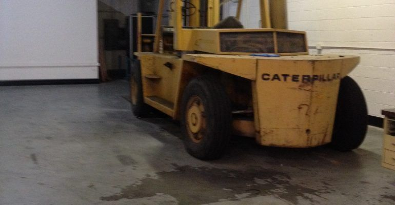 Caterpillar V300 Diesel Forklift